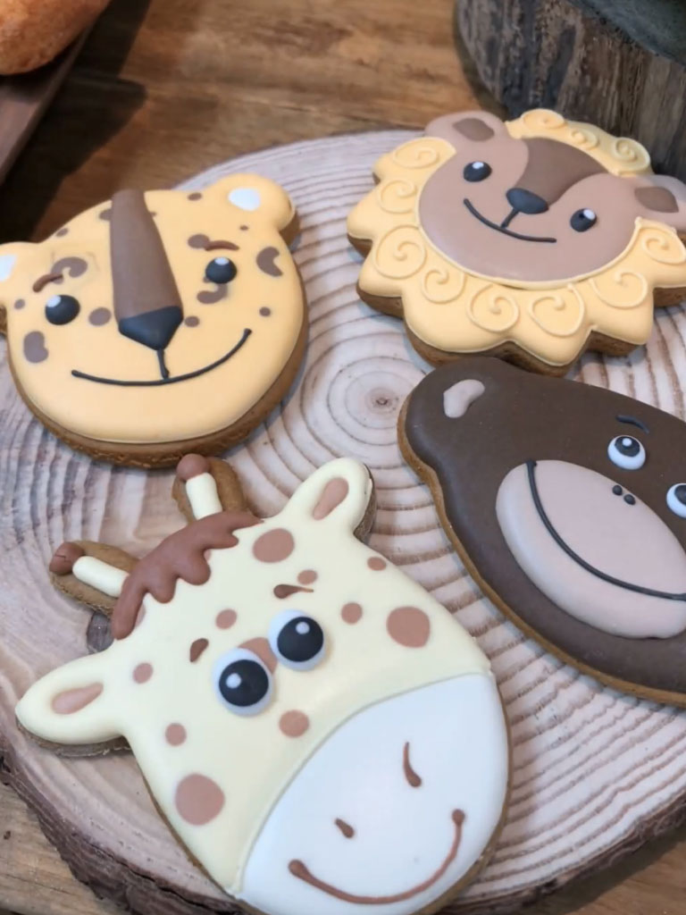 Jungle party themed biscuits